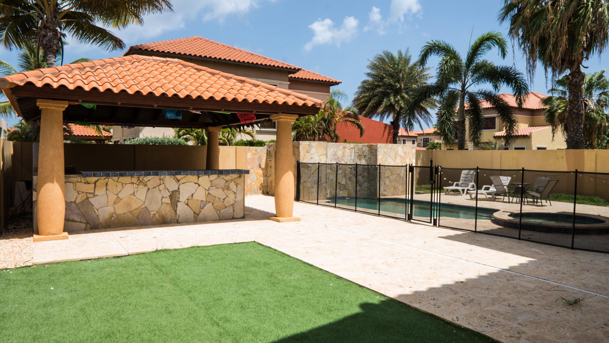 house rental Aruba beachfront