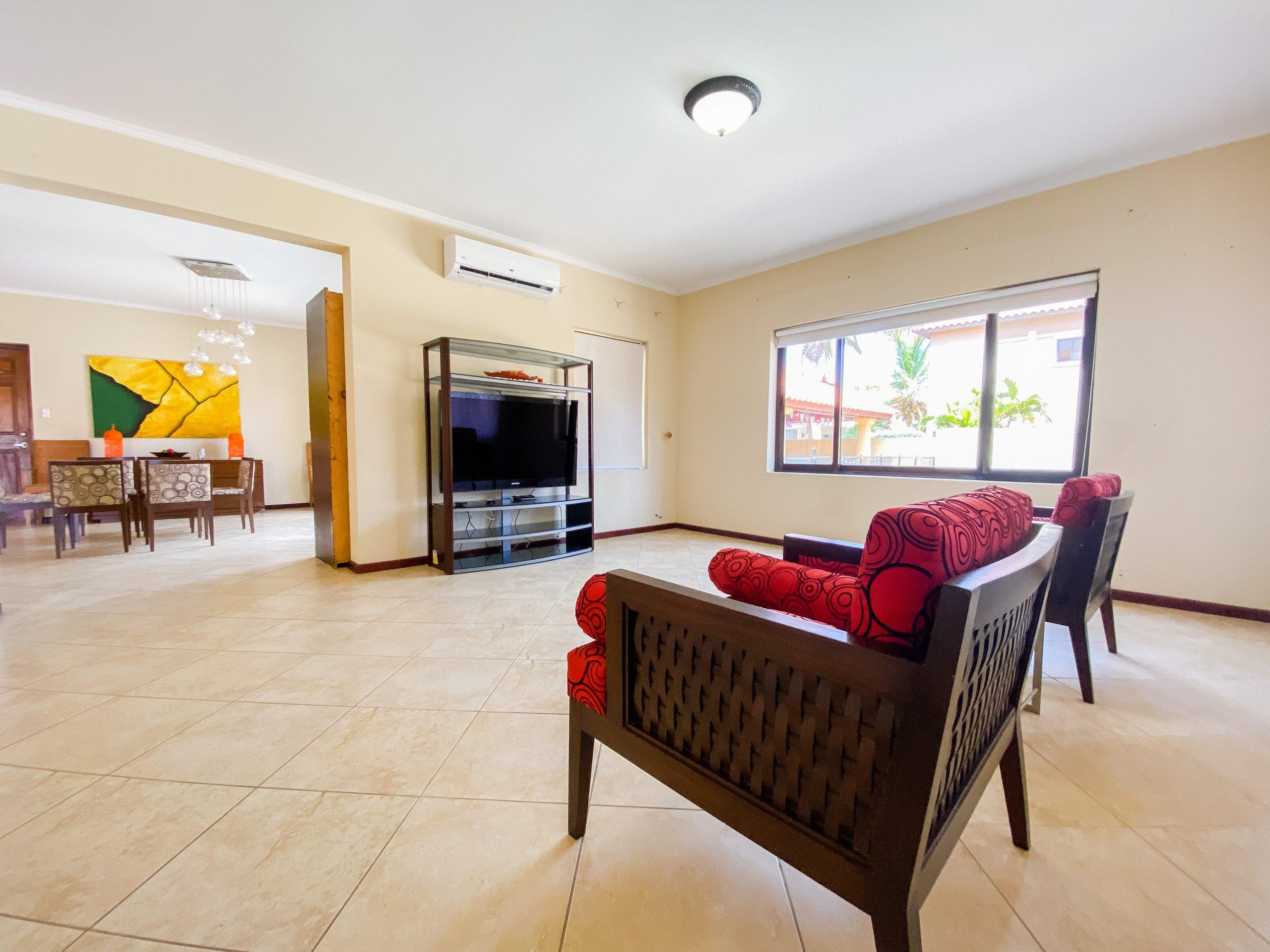 rent house Aruba long term