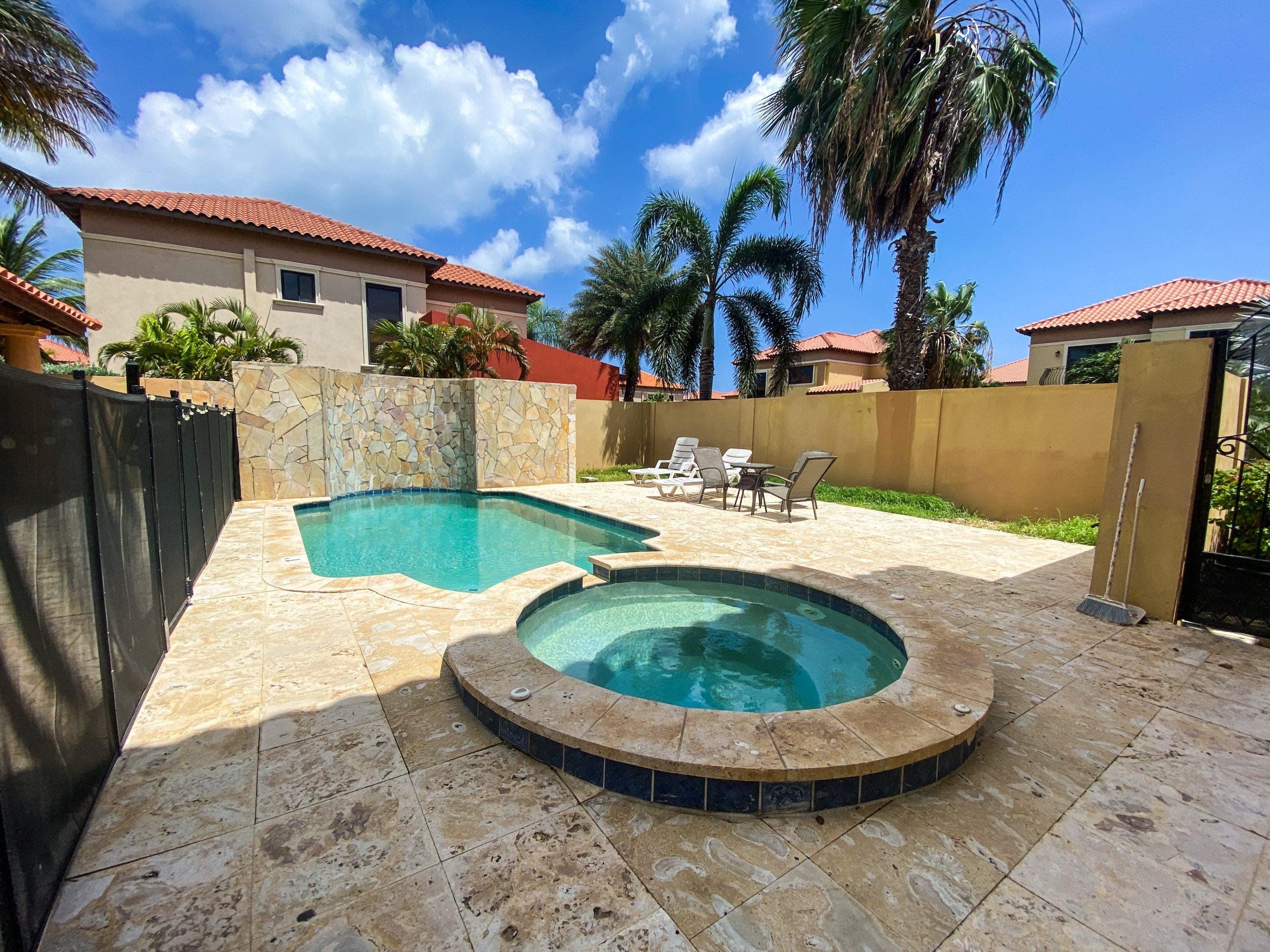 vacation house rentals in Aruba