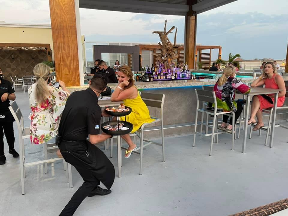 the vue aruba bar restaurant